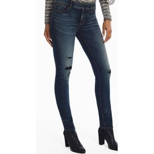 Petite Distressed Slim Jeans
